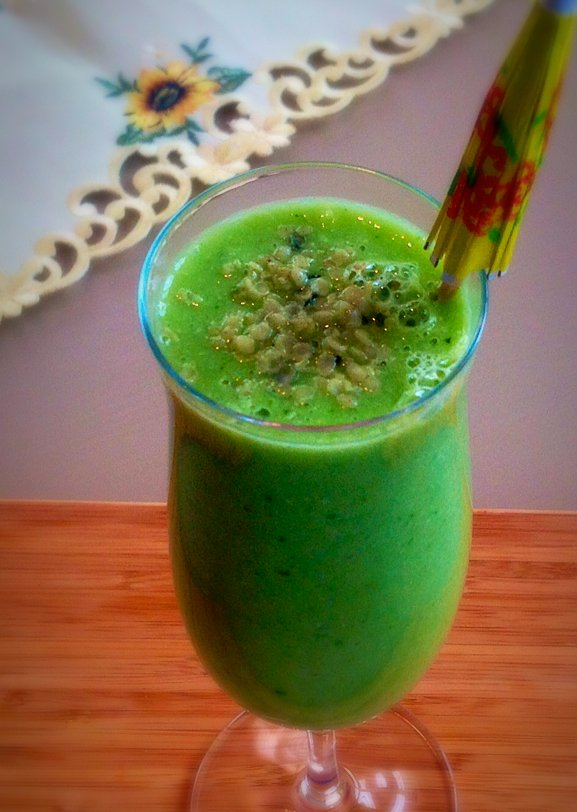 Cucumber Kale Ginger Smoothie