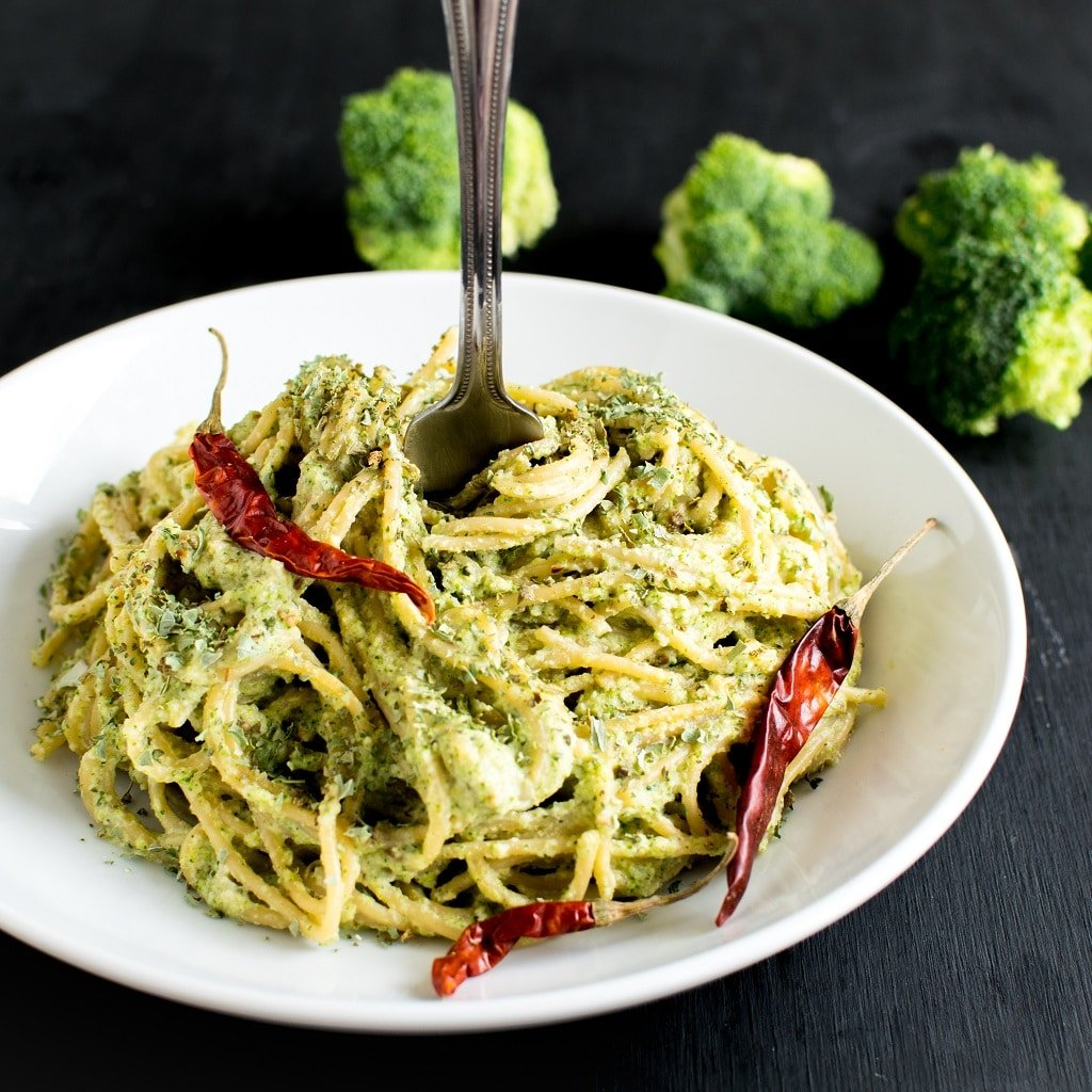 Spicy Garlic Spaghetti in Broccoli Cheese Sauce with a fork