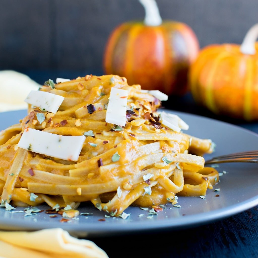 Vegan Pepper Jack Pumpkin Fettuccine in a grey serving plate