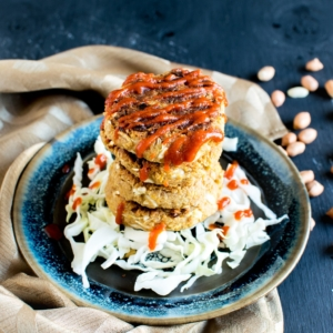 Thai Peanut Chickpea Patties serves as an excellent savory breakfast or for snacking. It's an outstanding way to start your day by including tons of protein and without any added sugar [ v + gf ] kiipfit.com