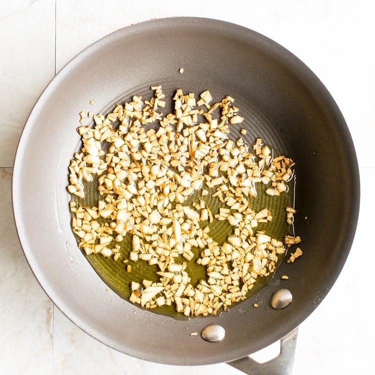 garlic browning in EVOO