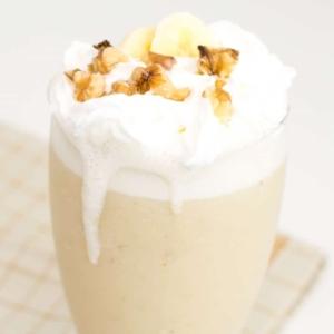 Banana Milkshake in a serving glass