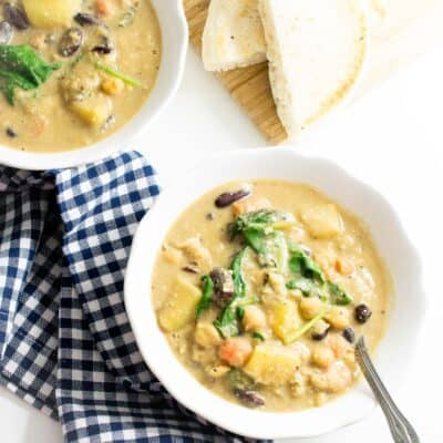 top full view of instant pot zuppa toscana