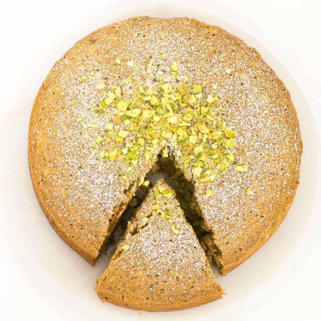 Top view of slicing pistachio cake recipe.