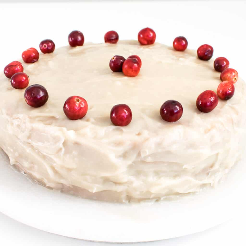 full view of the entire cranberry cake.