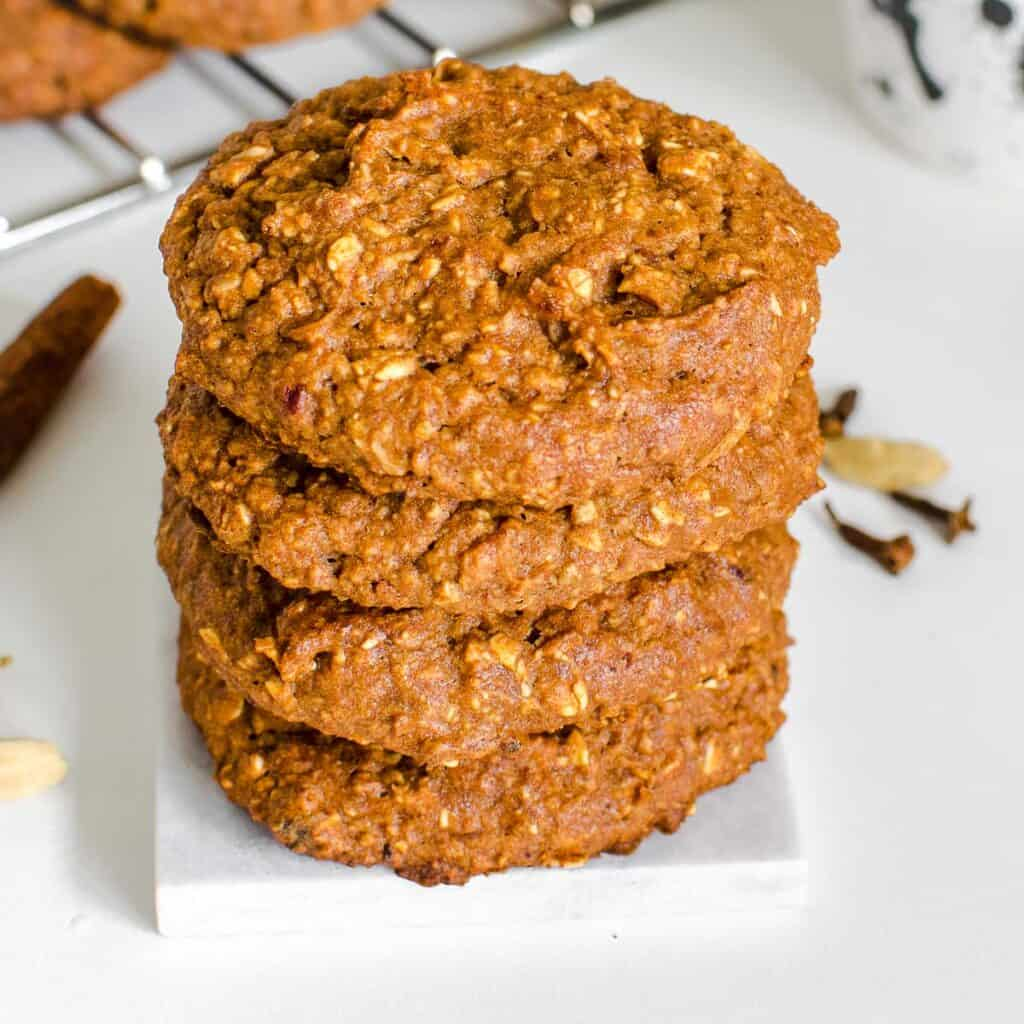 front view of stacked chai cookies.