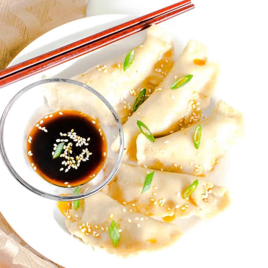 top view of the served vegan dumplings.