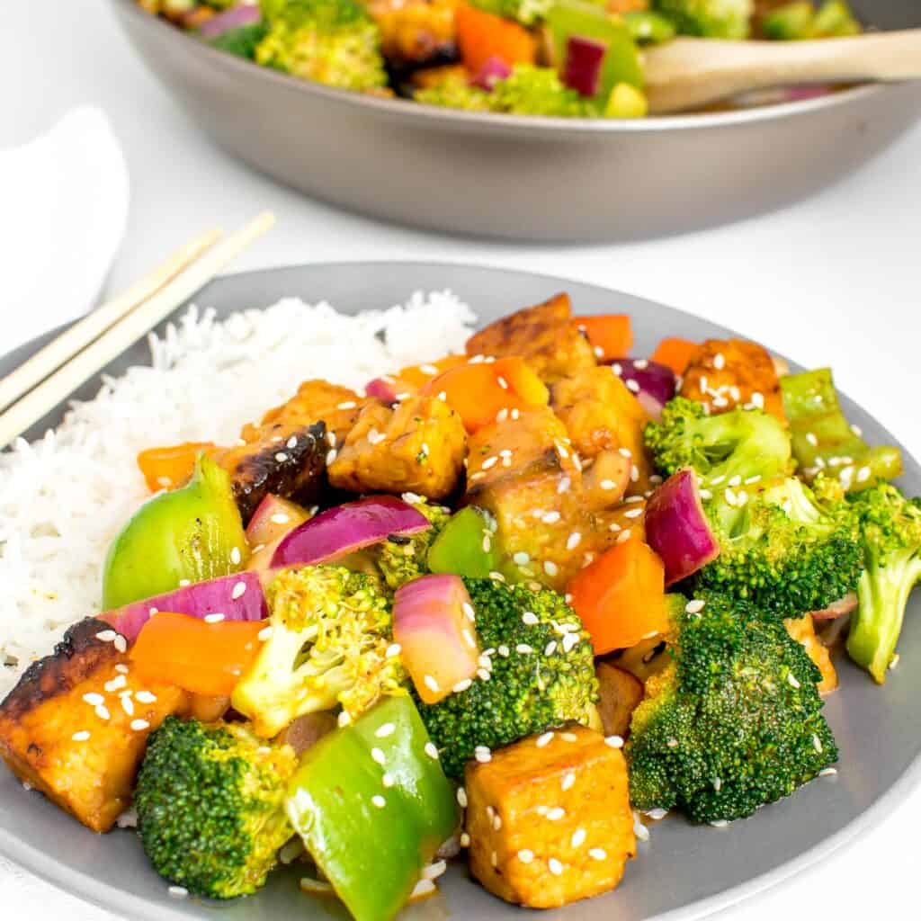 a front view of tempeh stir fry.
