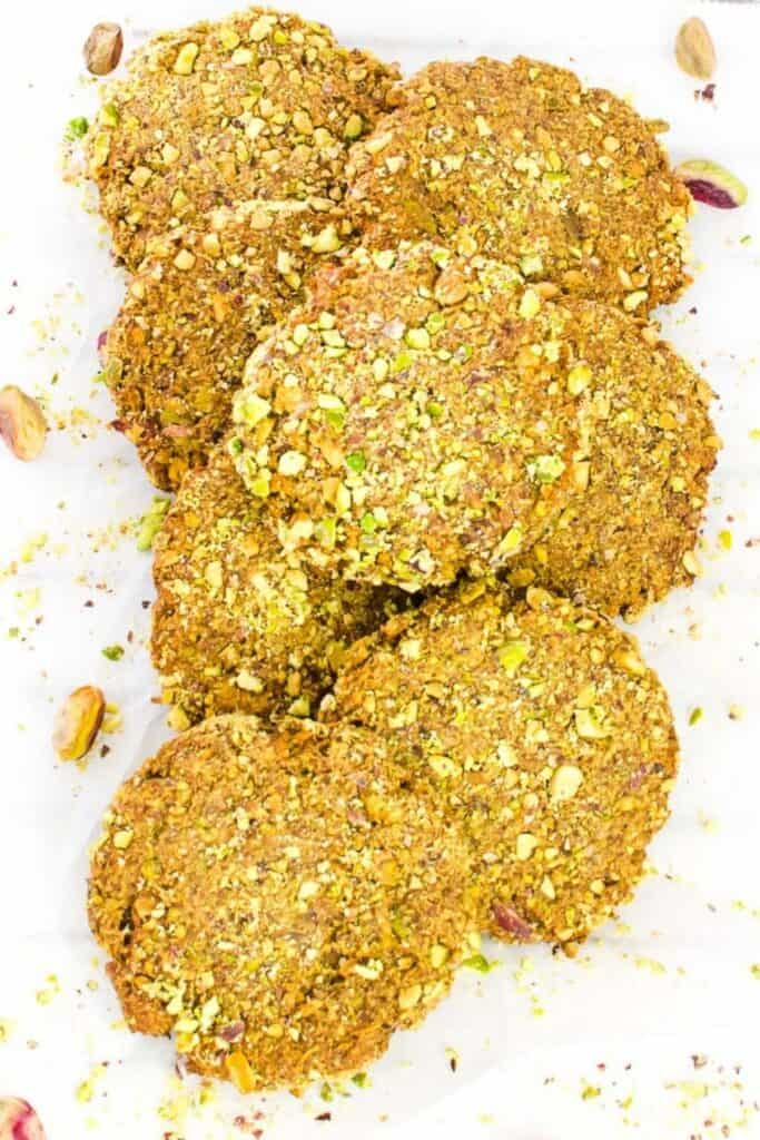top view of pistachio cookies.